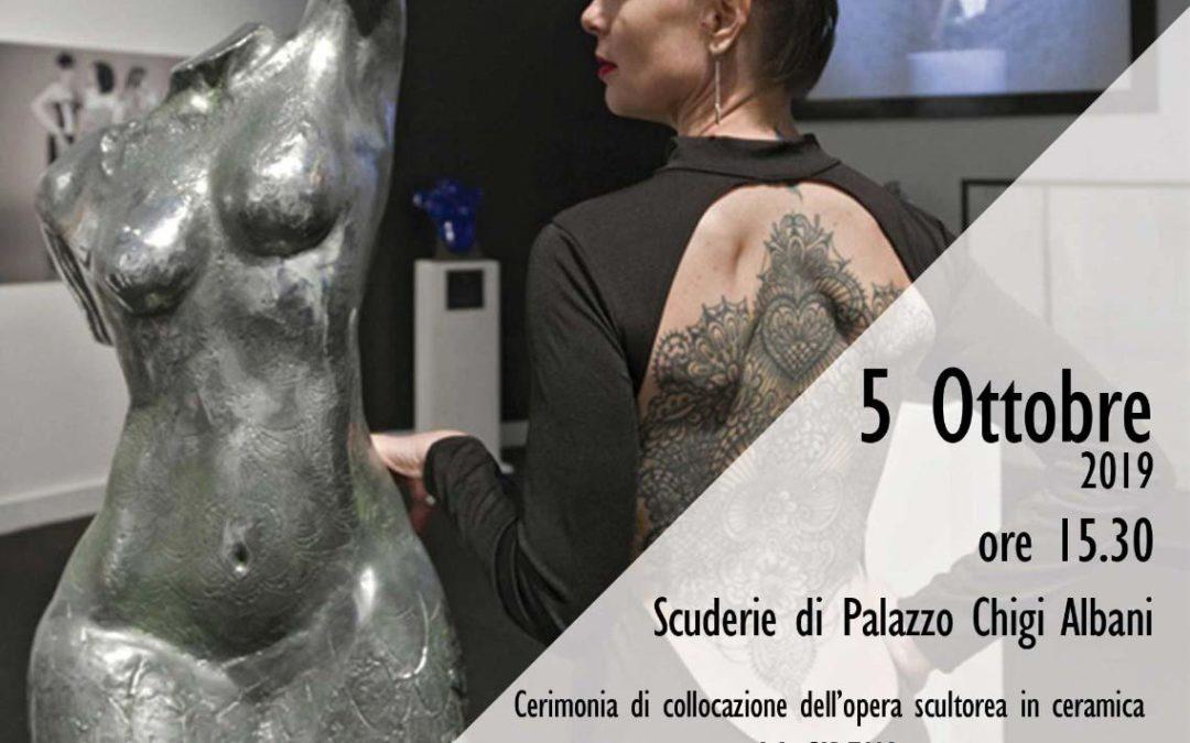Marco Manzo dona una sua scultura a Soriano